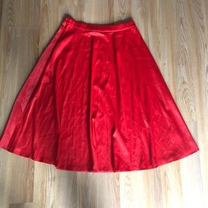 Glamorous flare red midi skirt